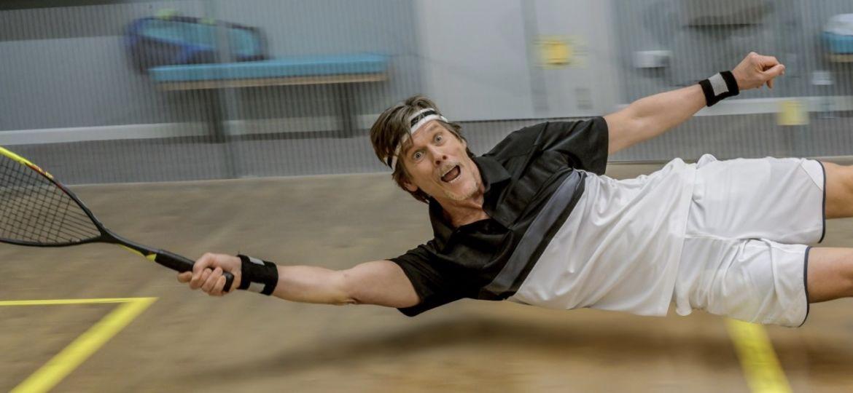 Kevin Bacon fait du squash