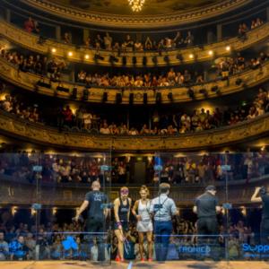 Théâtre Graslin, entrée de joueuses